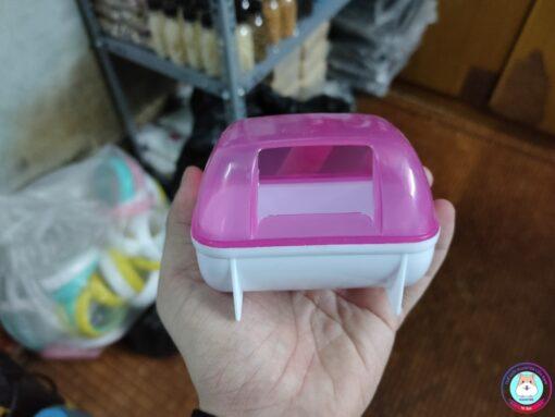 Nhà tắm nhựa màu hồng